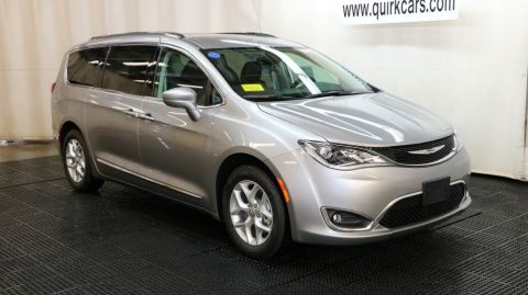 2018 Chrysler Pacifica Touring-L Hybrid