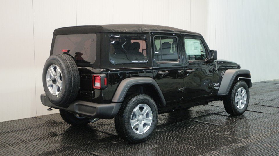 New 2018 JEEP Wrangler Sport S Sport Utility in intree #J17051 ...