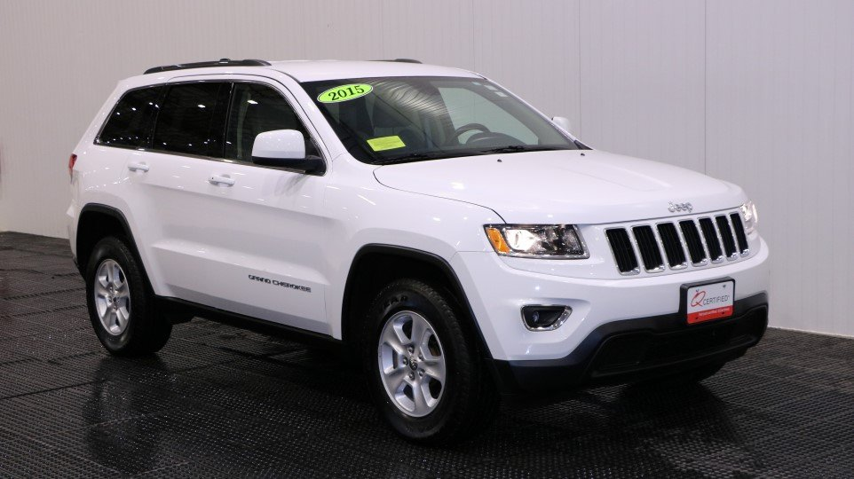 pre owned 2015 jeep grand cherokee laredo sport utility in braintree j15771a quirk chrysler jeep. Black Bedroom Furniture Sets. Home Design Ideas