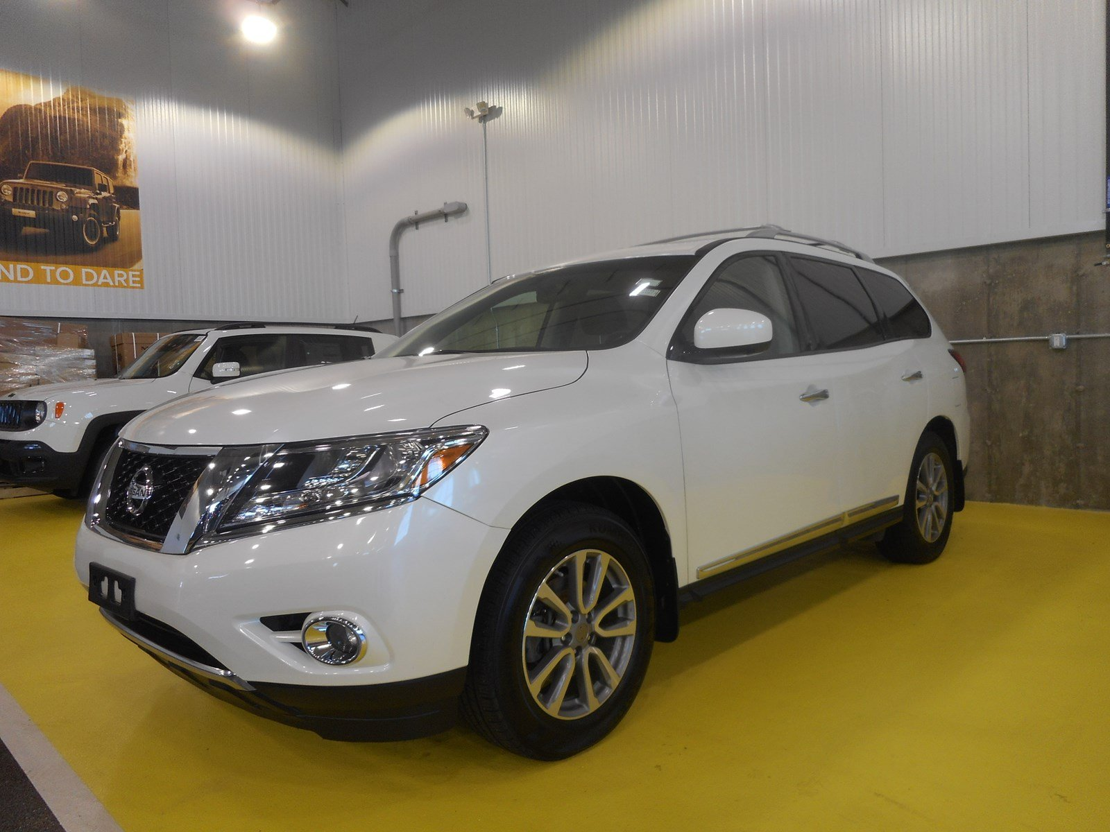 pre-owned 2015 nissan pathfinder s sport utility in braintree